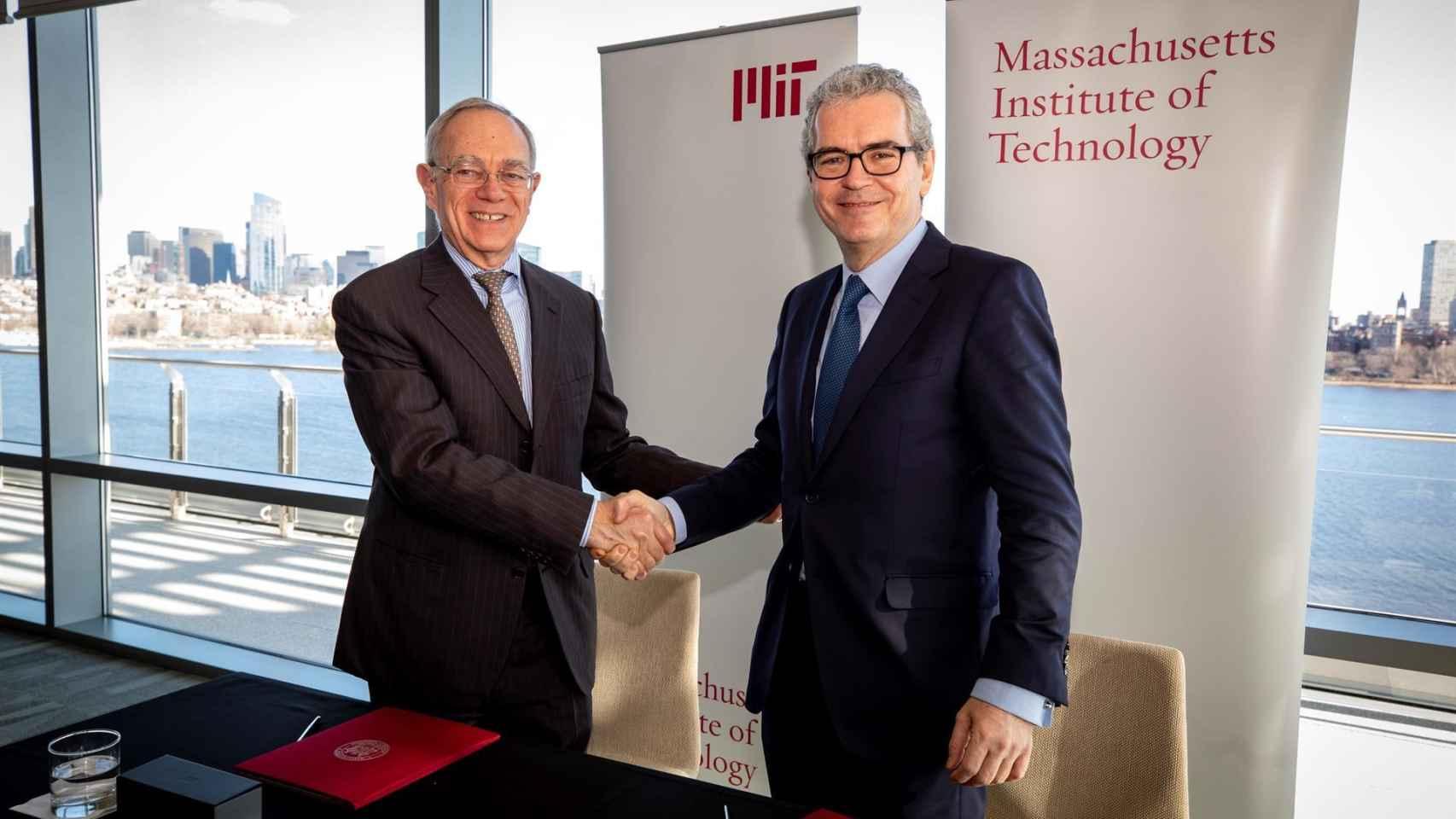Los presidentes de Inditex y MIT, Pablo Isla y Rafael Reif