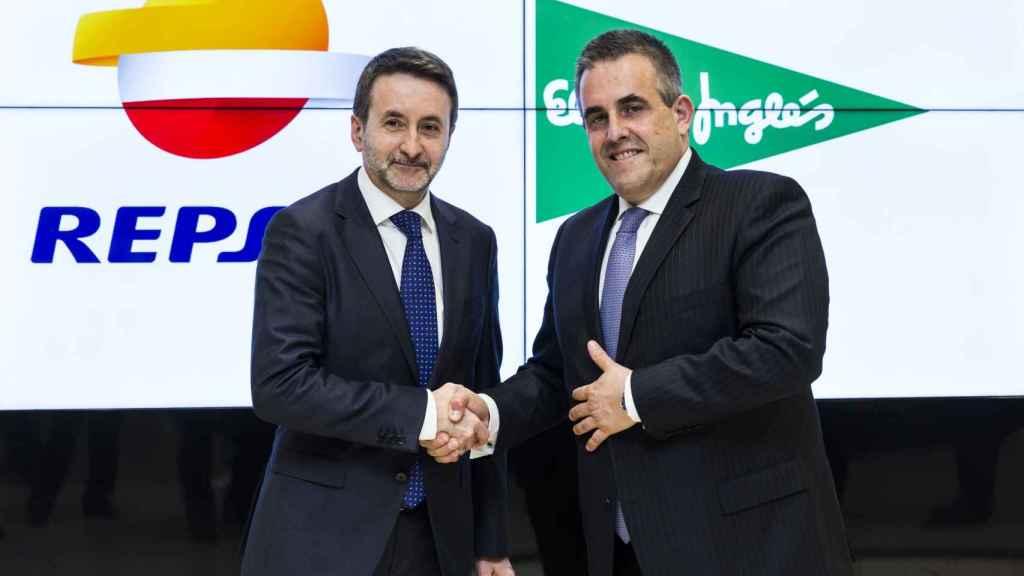 Los consejeros delegados de Repsol y El Corte Inglés, Josu Jon Imaz y Víctor del Pozo.
