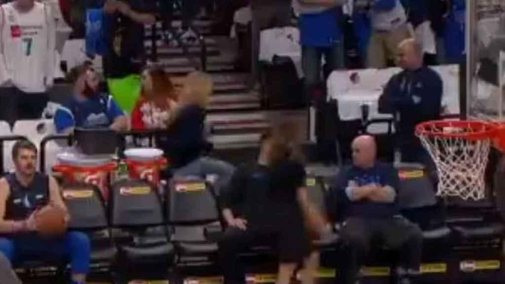 La particular jugada de Doncic antes de su encuentro con los Mavericks.