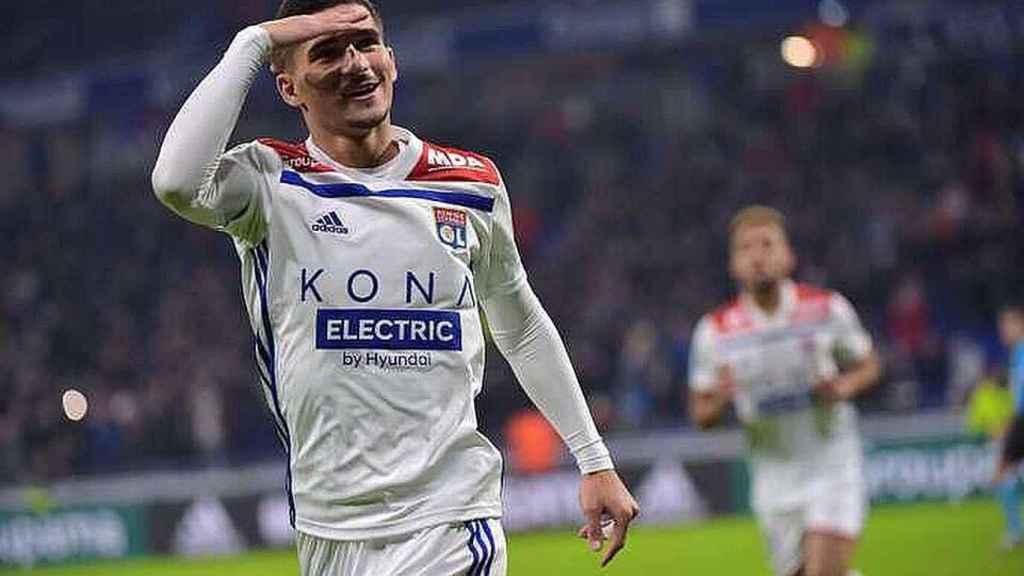 Aouar celebra un gol con el Lyon. Foto: Twitter (@HoussemAouar)