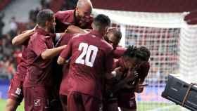 Los jugadores de Venezuela celebran un gol ante Argentina