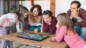Una tablet de 21 pulgadas para juegos de mesa, así es la ARCHOS Play Tab
