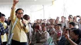 Prayut Chan-o-cha en una ceremonia en Myanmar.