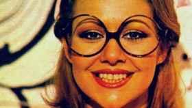Pilar Medina con las míticas gafas de azafata del programa de televisión