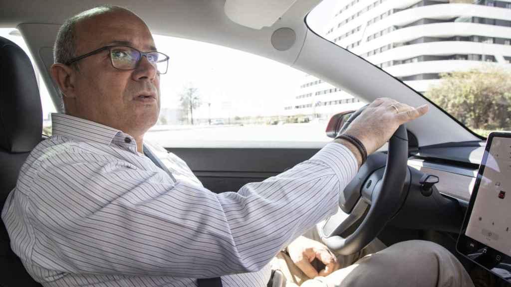 Conduciendo el Model 3 por las calles de Valdebebas