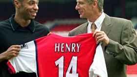 Thierry Henry en su presentación con el Arsenal. Foto: Instagram. (@thierryhenry)