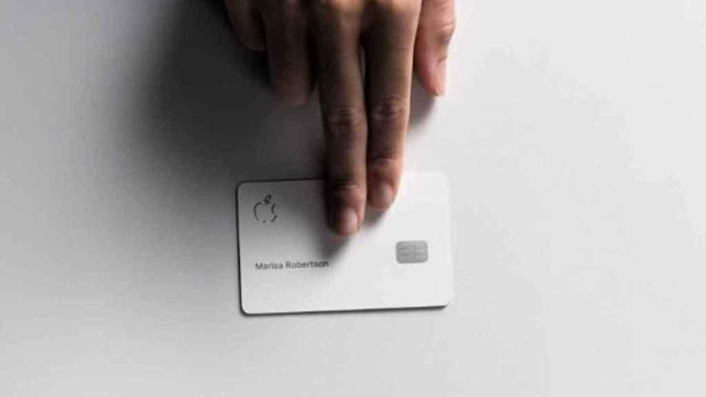 Apple asalta el negocio de las tarjetas de crédito junto a Goldman Sachs y Mastercard
