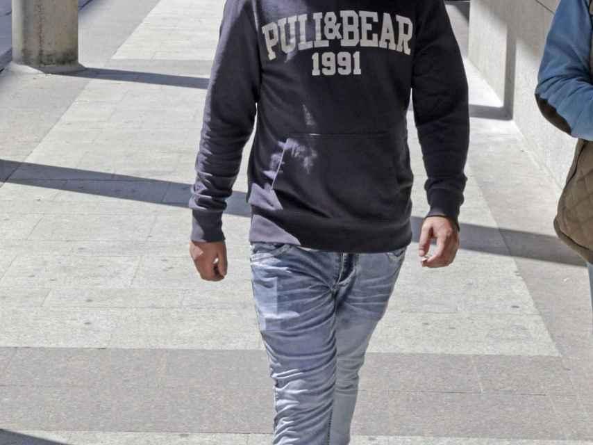 José Fernando paseando por las calles de Madrid.