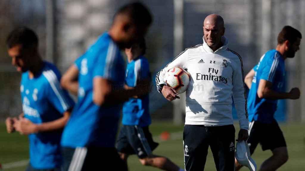 Zinedine Zidane, en un entrenamiento del Real Madrid