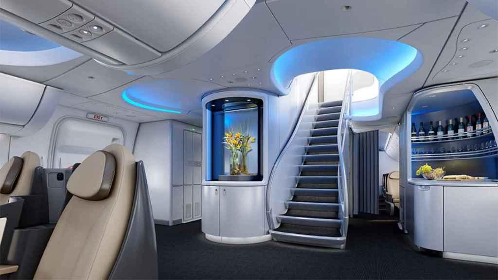 Diseño actual de las escaleras del Boeing 747.