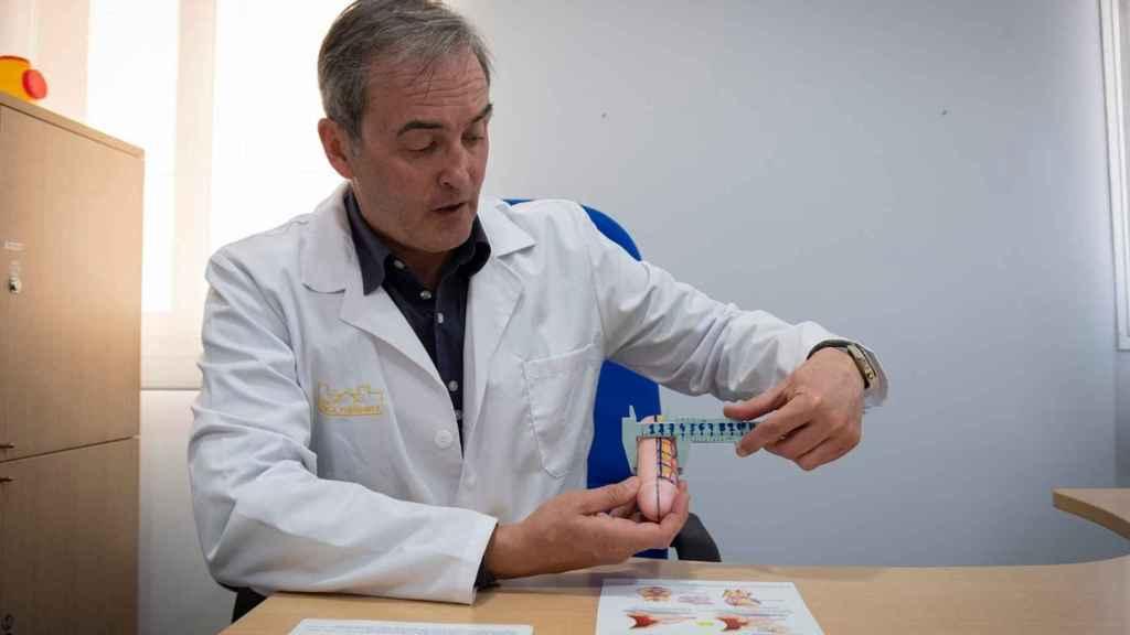 El urólogo Manuel Fernández Arjona: Desde el punto de vista sexual, el grosor del pene es mucho más importante.