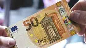 Valladolid-billete-falso-cambio-dinero