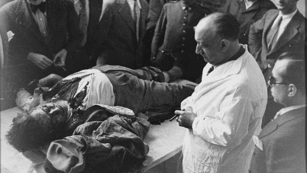 El cadáver de José Calvo Sotelo, después de ser asesinado.
