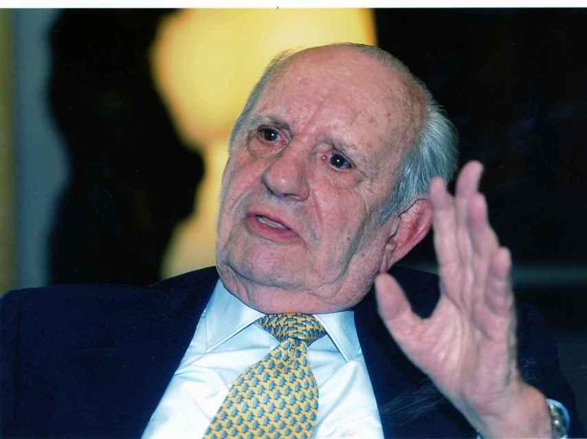 Fernando Rodríguez Miaja cumplirá 102 años en agosto.