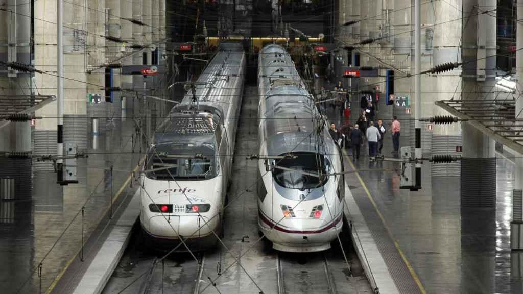 Imagen de archivo de trenes AVE.
