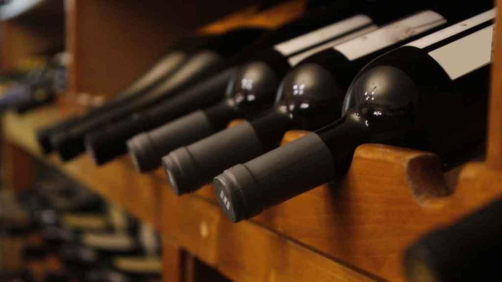 Las botellas siempre tienen que descansar en horizontal.