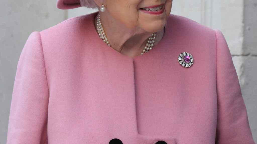 La reina Isabel II ha dejado de conducir por recomendación de sus asesores.