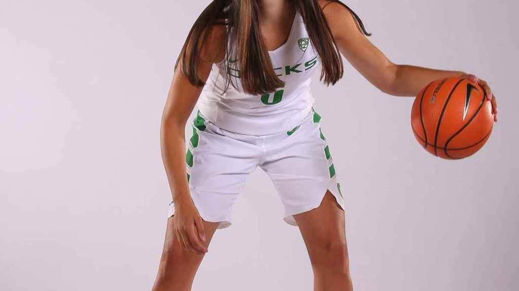 Maite Cazorla, jugadora del Oregon WBB