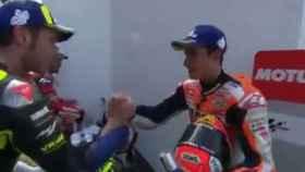 Rossi y Márquez firman la tregua: se dieron la mano tras el GP de Argentina
