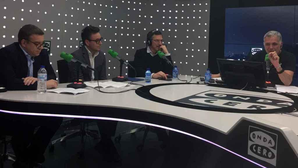 A la izquierda, Carlos Gallego y Pedro Martínez durante la emisión de 'Innovar par vivir'.