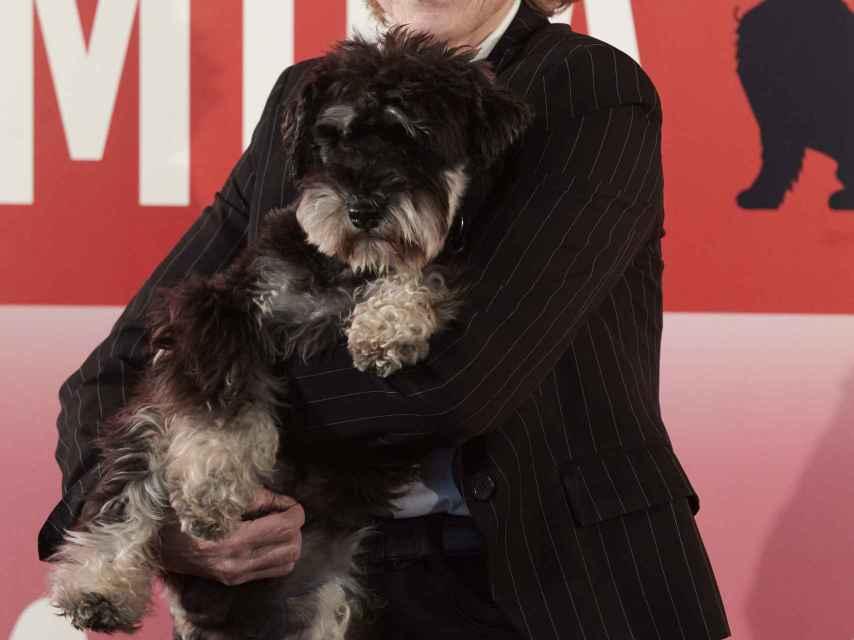 Mercedes Milá y su perro Scott en la presentación de su programa en Movistar+