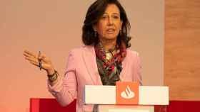 Ana Botín, presidenta del Banco Santander, durante la presentación con los inversores en Londres.