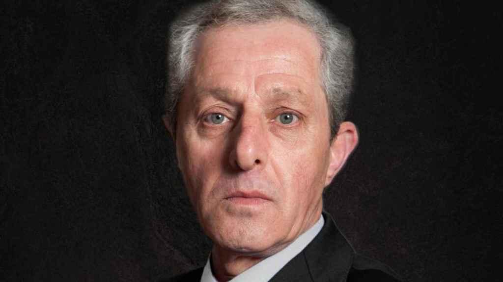 Albert Solá, hijo ilegítimo del rey Juan Carlos, acaba de publicar un libro.