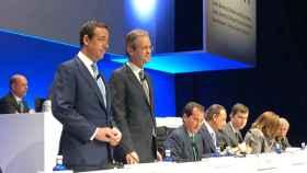 Gonzalo Gortázar y Jordi Gual, CEO y presidente (respectivamente) de Caixabank.