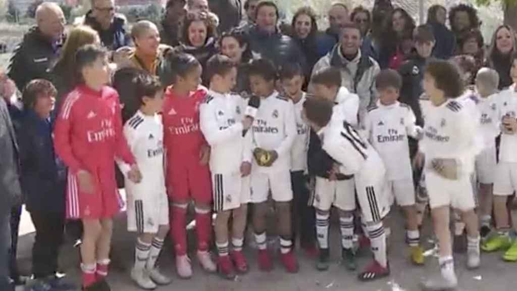 Marcelo, uno más en la celebración del título de Liga del Benjamín A del Real Madrid