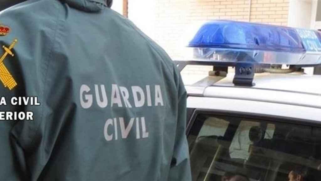 Hallan el cadáver de una joven de unos 30 años semidesnudo en un polígono con discotecas en Torrevieja