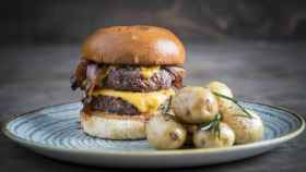 New York Burger te invita a bebida y postre para celebrar su décimo cumpleaños