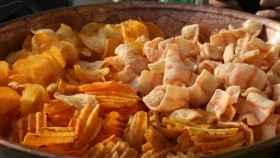 Patatas fritas,  jamón o snacks saludables, ¿cuál engorda más?