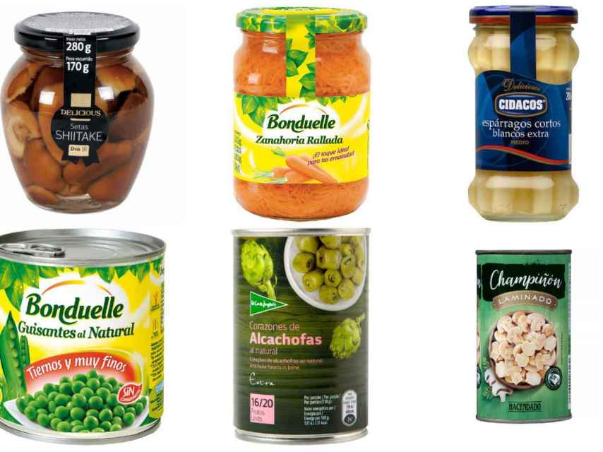 Varios productos naturales envasados en botes y latas