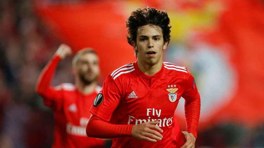 Joao Félix celebra un gol con el Benfica