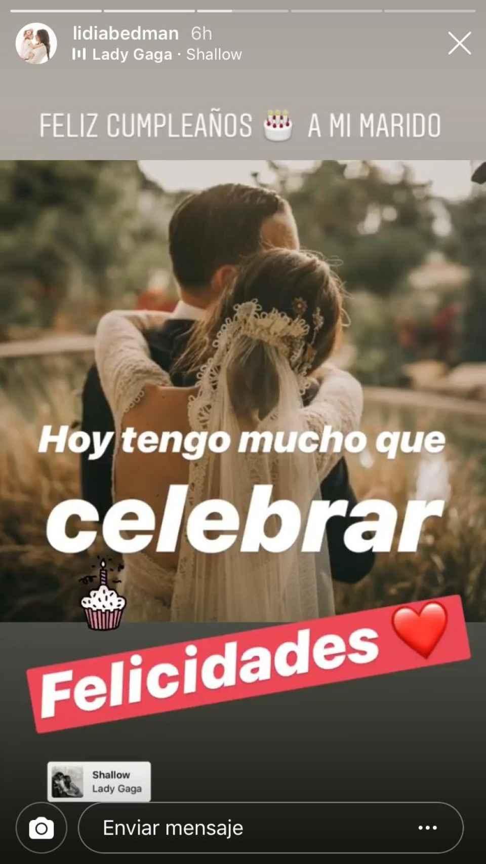Lidia Bedman felicita a su marido, Santiago Abascal, el día de su cumpleaños.