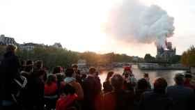 Imágenes: el espectacular incendio en la catedral de Notre Dame en París