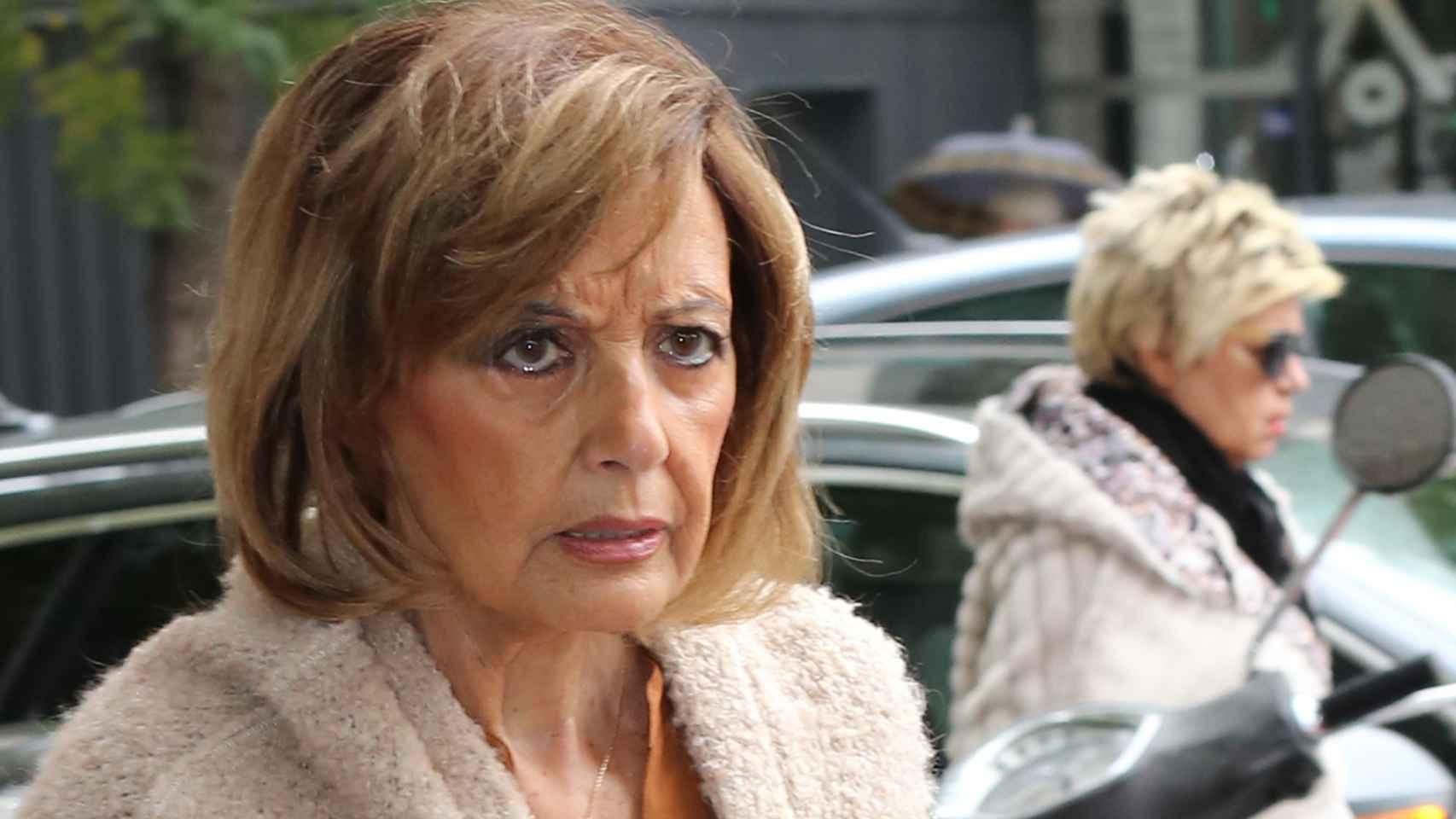 María Teresa Campos por las calles de Madrid.