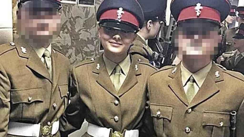 La soldado británica Sidney C., que agredió a su amiga con un vaso de cristal en la discoteca.