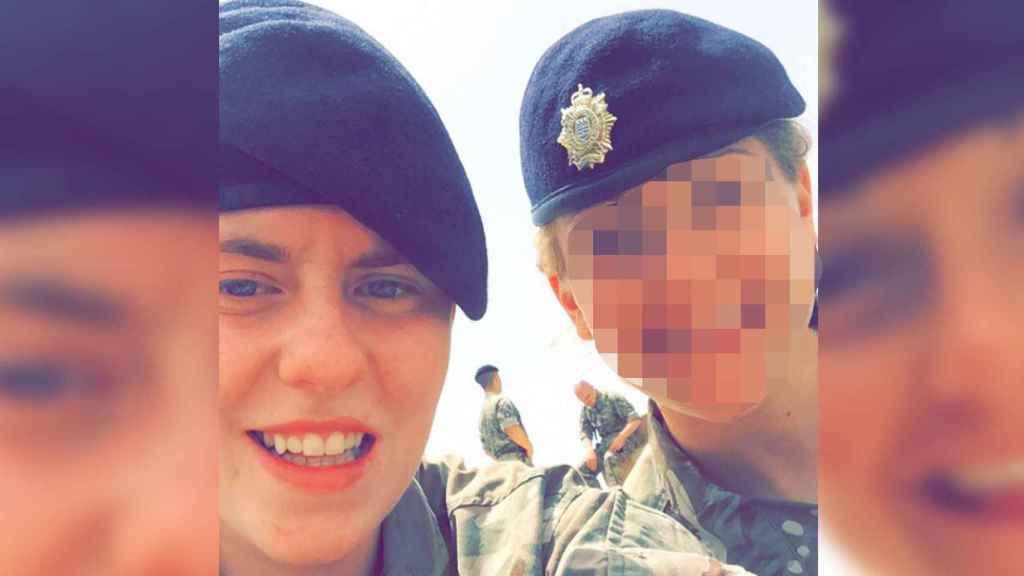 Sarah, la soldado inglesa rajada por su 'mejor amiga' en Magaluf.