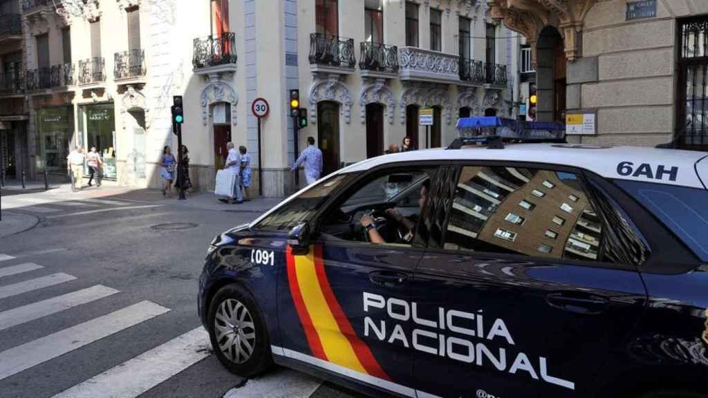 Imagen de archivo de una patrulla de la Policía Nacional.
