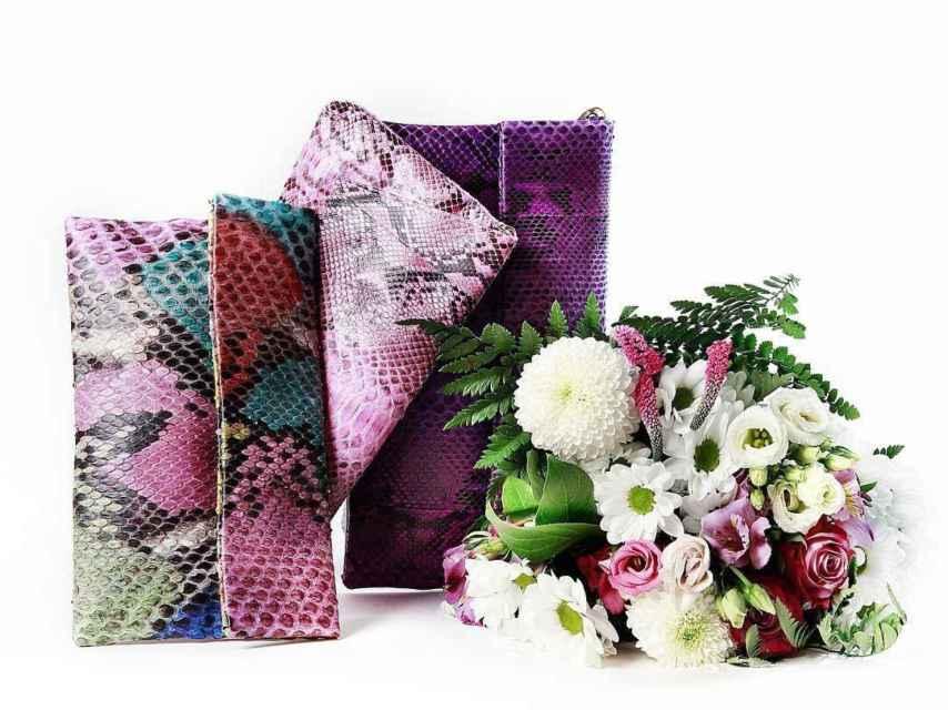 Bodegón con bolsos de la firma Lidia Faro.