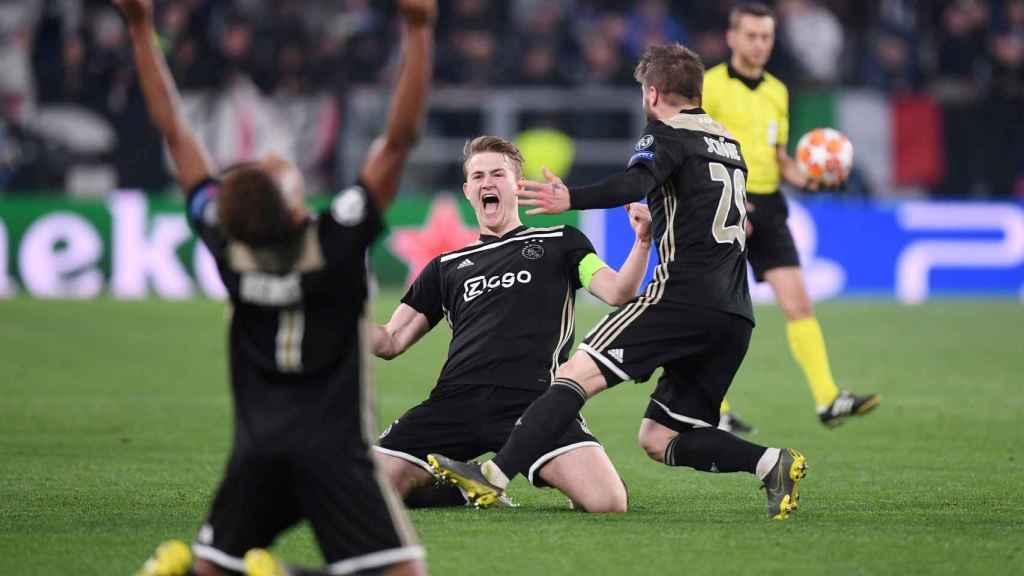 De Ligt celebra el pase a semifinales de Champions