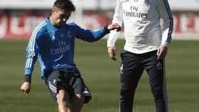 Zidane y Brahim Díaz en la Ciudad Real Madrid. Foto: Instagram (@brahim)
