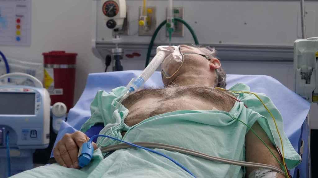 Recreación para la pelicula de su ingreso tras el infarto en el hospital de Bogotá