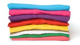 Lavar ropa de distinto color sin morir en el intento.