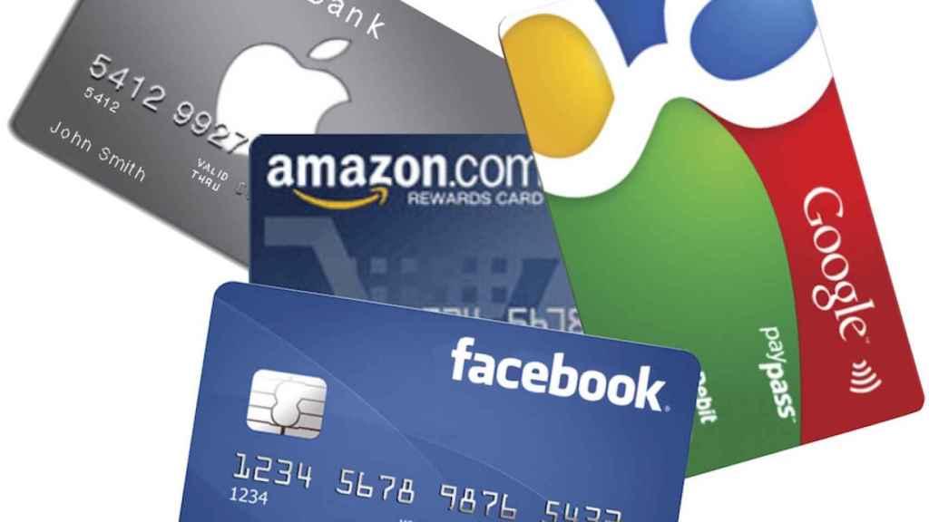 Simulación de tarjetas de crédito de distintas empresas de tecnología.
