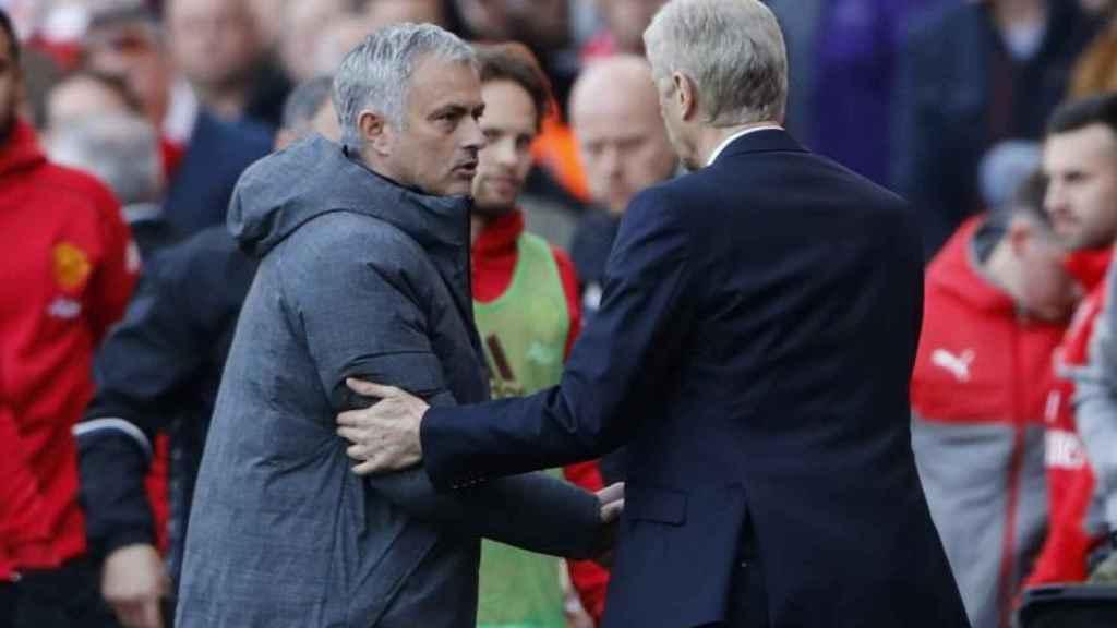Mourinho y Wenger tras un partido