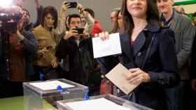 Inés Arrimadas, ejerce su derecho al voto para las elecciones generales del 28-A.