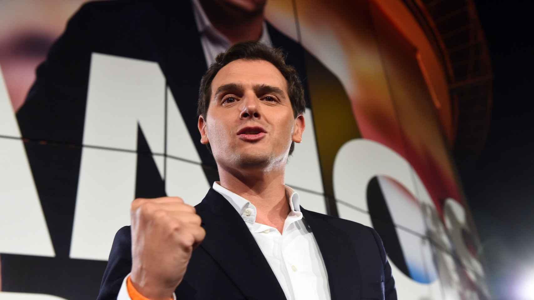 Rivera celebrando los resultados de las elecciones.