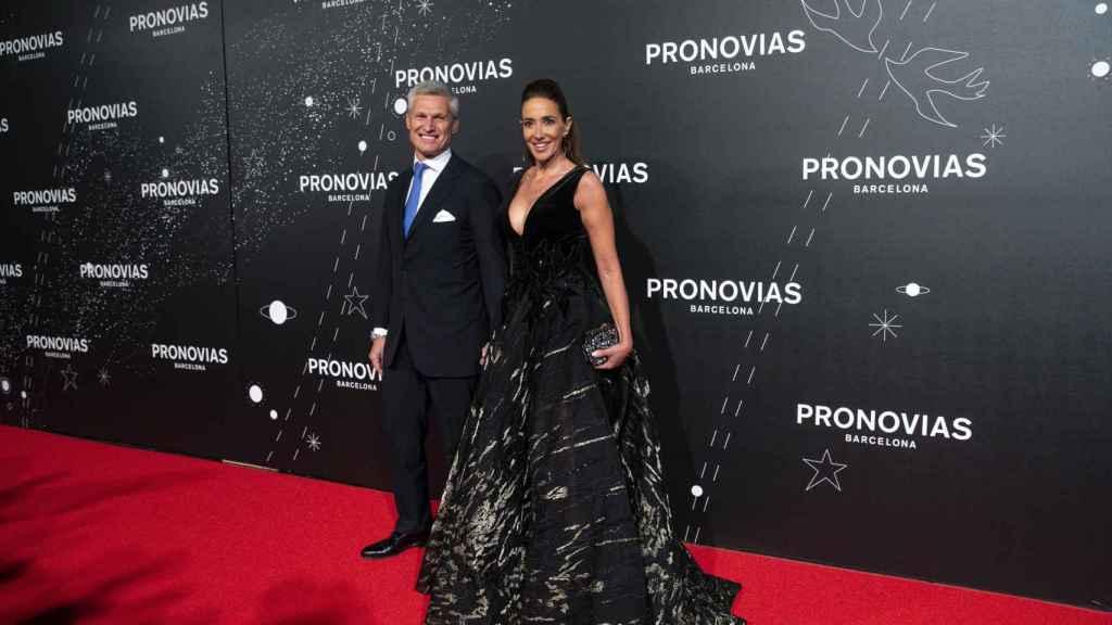 Elsa Anka y Víctor Prat-Heimerl posan públicamente por primera vez.